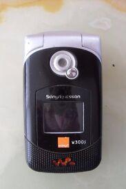 sony Ericsson W300i walk man phone ALL acc's