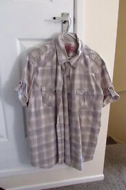 2 X MENS XL SHORT SLEEVED SHIRTS, COTTON TRADERS & NEXT, EXC. COND.