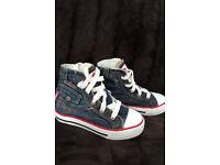 Lee Cooper Kids Shoes size 9