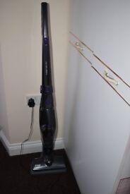 Russell Hobbs 2-in-1 Cordless Vacuum Cleaner RHSV1801