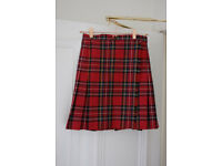 Tartan red skirt by Marks & Spencer pure wool size 8/10 (EU 36)