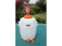 Home Brewers! Speidel 30 litre fermenter with tap & airlock