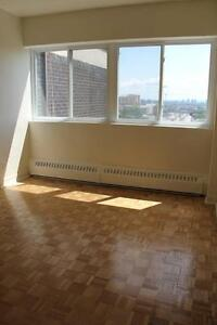 Renovated 3.5 avail October - NDG - SHERBROOKE W - VENDOME