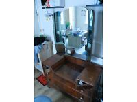 Wooden dressing table | oldschool | antique style |3 adjustable mirrors | Cheap !!!|2 big drawers|