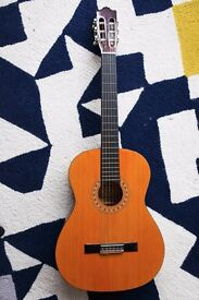 Hohner MC 05 Spanish acoustic guitar