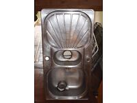 £30 ONO Metal sink, fine condition, needs urgent collection