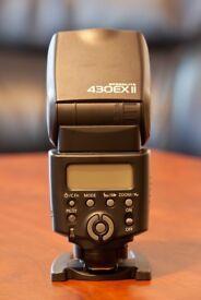 Canon 430 EX II Flashgun + Cactus Wireless Flash Transceiver V5