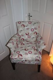 Beautiful newly upholstered Park knoll chair