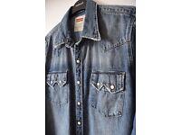 Mens Levi denim shirt/jacket