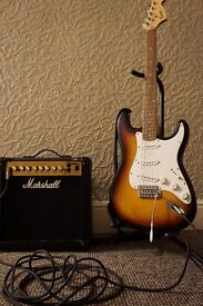 Squire Affinity Stratocaster Sunburst with Marshall MG15DFX Amp
