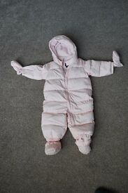 Winter suite for baby girl 6-12 months from GAP - in perfect condition