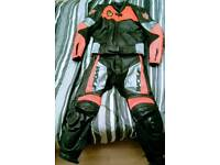 WOLF 2 piece leathers