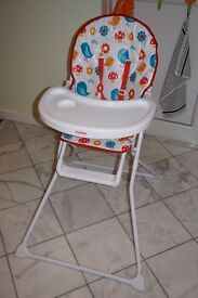 Mamia high chair used, but in good condition