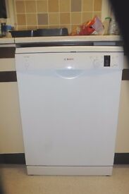BOSCH CLASSIXX WHITE DISHWASHER - EXCELLENT CONDITION - AS NEW