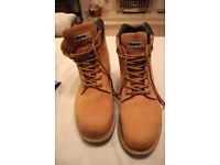Mens steel toe cap boots- size 9. Beige. Immaculate condition. Durakit