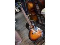 Gibson L-00 ACOUSTIC WITH HARD CASE - £1390