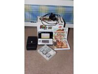 Nintendo 3DS Ice White, accessories and games