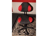 Stylish Compact Ergonomic Red/Black Swivel/Height Adjustment Office/Study Chair Excellent Condition.
