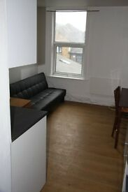 Two double bedrooms flat- 7 mins walk from station