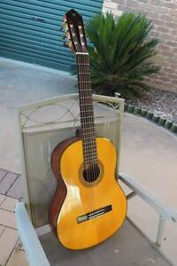 Yamaha CG142S classical guitar in MINT CONDITION! Narre Warren Casey Area Preview