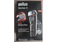 New and Unopened Braun Series 5 5070cc Premium Shaver + Clean & Charge station