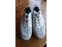 Hi Tec squash shoes Size UK 8