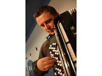 An accordionist looking for an Irish traditional band