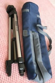 Jessops TP220 Tripod and carry case