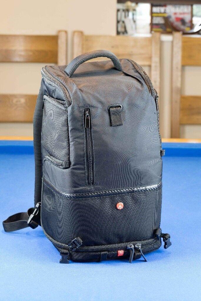 Manfrotto Medium Advanced Tri Camera Backpack