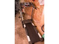 Body Sculpture Treadmill BT3140P