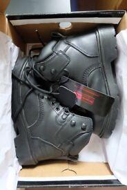 New Blackrock Unisex Leather Safety Shoes size 5 (38)