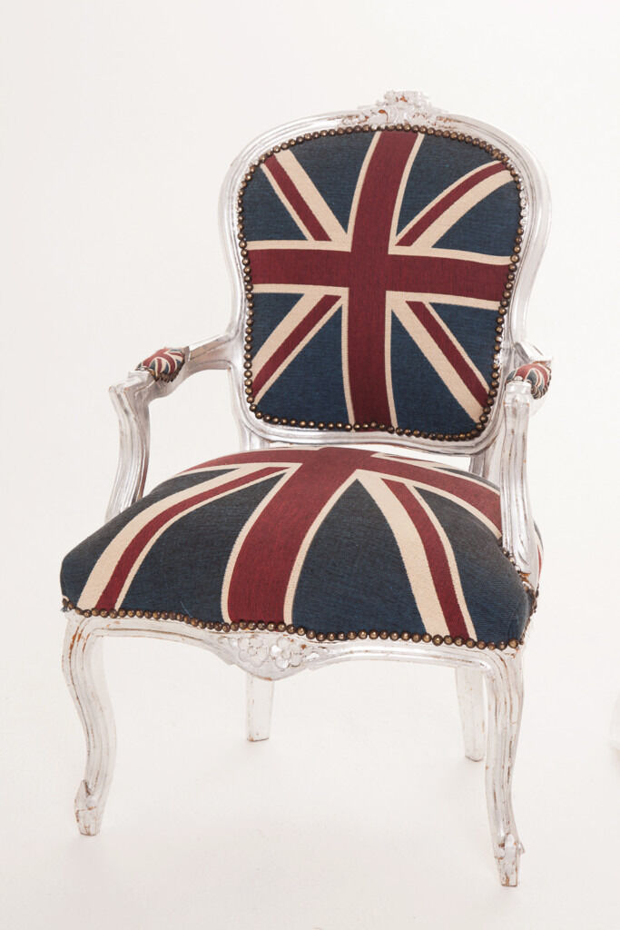 Ordinaire Union Jack Chair   French Louis Style Union Jack Chair With Silver Frame    Good Condition