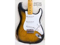 Fender Stratocaster 54 Vintage Reissue Heavy Relic Swamp Ash guitar – INCREDIBLE! CAN post!