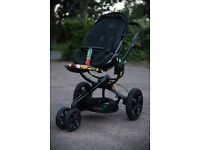 Quinny Mood pushchair - Black with colour patterns