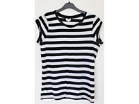 Women's Size 10 New Look T-Shirt - Black and White Stripes