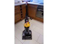 Fantastic Dyson Dc33 Vacuum cleaner in Excellent condition - Vax - Hoover