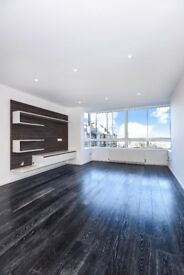 A refurbished two bedroom apartment Pier House Cheyne Walk SW3