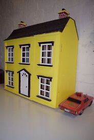 Dolls House (DELIVERY AVAILABLE)
