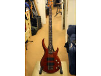 RALLY BASSO 4 STRING BASS