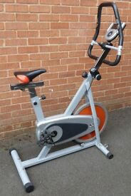 EXERCISE BIKE WITH WORKING DISPLAY