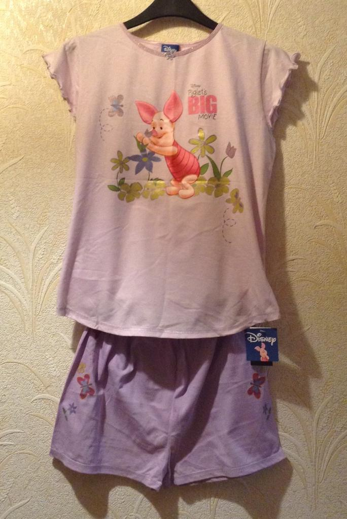 NWT Disney Piglet Shorts Pyjamas Set, Age 11-12