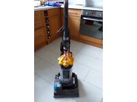 Dyson Dc33 multi floor vacuum cleaner .. perfect order. - Vax - Hoover