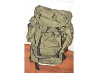 RUCKSACK WITH STEEL FRAME