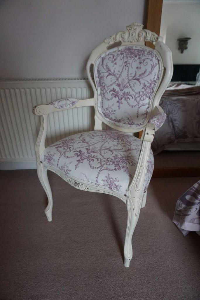 French Style Bedroom Lounge Chair In Denny Falkirk