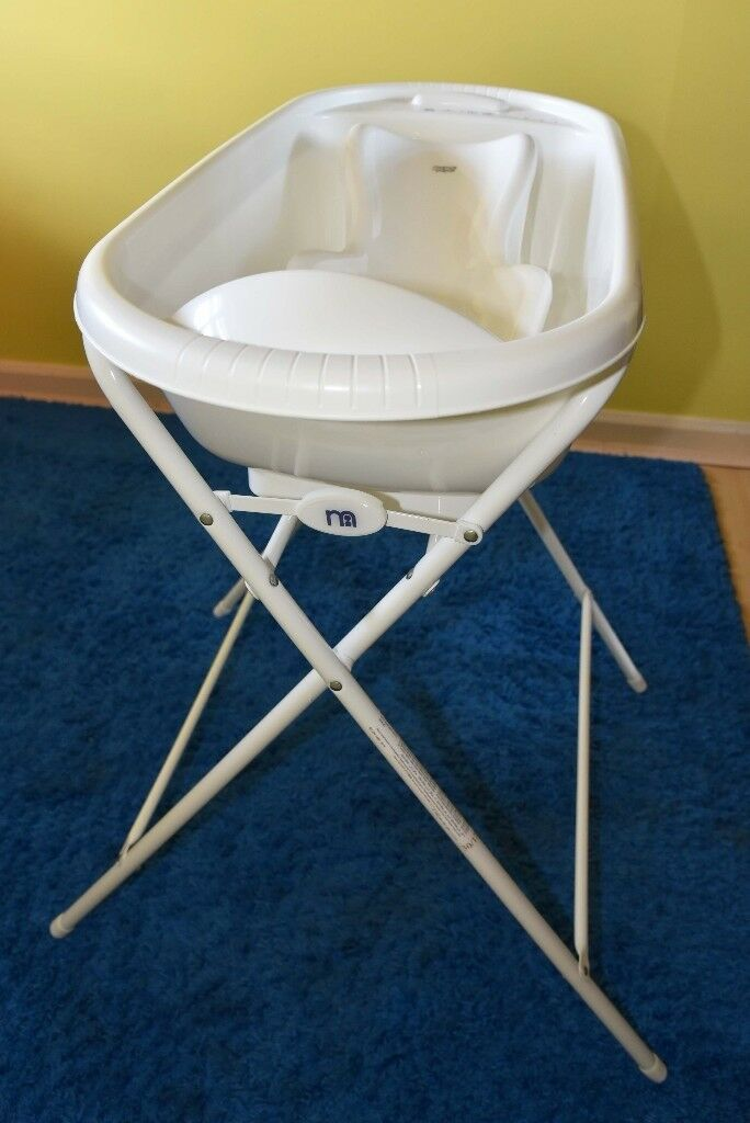 SET: Mothercare Folding Baby Bath Stand with baby bath & Mamas and ...