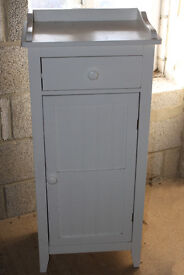 Freestanding bathroom cabinet, white, wood, tall cabinet