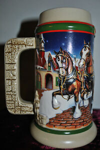 1998-Budweiser-Holiday-Stein-Series-Grants-Farm-Anheuser-Busch-NIB