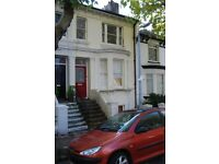 SB Lets are delighted to offer a wonderful large 2 bedroom maisonette flat in Brighton with a garden