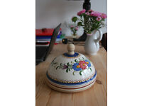 Beautiful Portugese hand painted domed cheeseboard