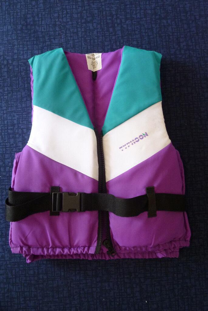 Buoyancy aid adult size